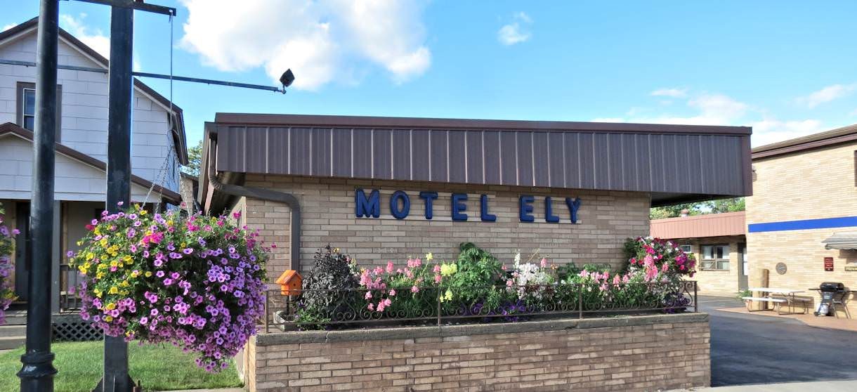 Motel Ely Budget Host - Ely MN